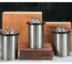 Standard resistors